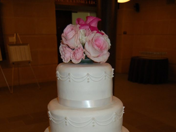 Tmx 1343224245863 DSC0574 Chester wedding cake