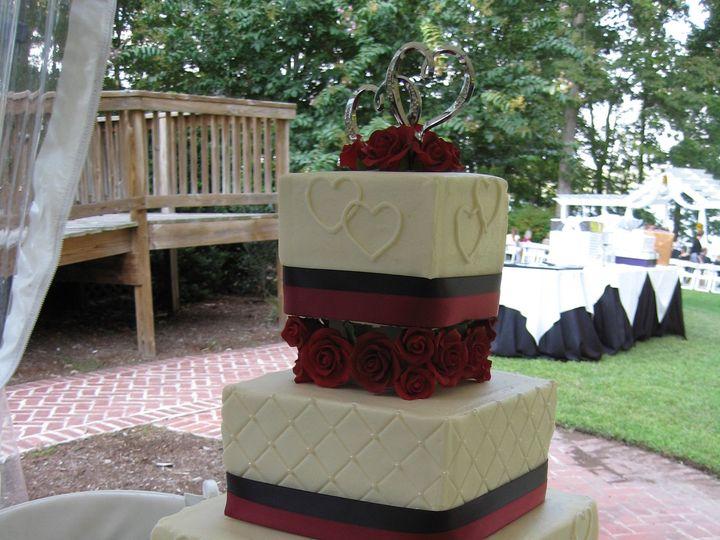 Tmx 1371151052012 Amanda  Matthew 9 22 12 Chester wedding cake