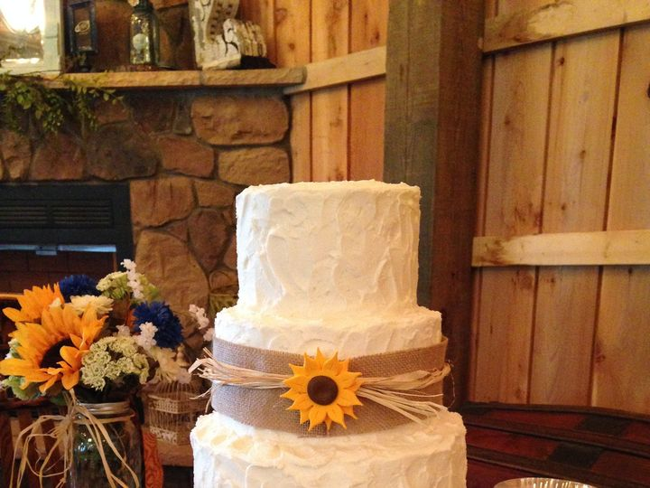 Tmx 1418780501831 Becky  Casey 8 2 14 Chester wedding cake