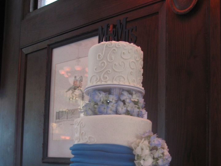 Tmx 1418780556918 Margo  Shaun 3 22 14 Chester wedding cake