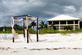 The Club At Barefoot Beach