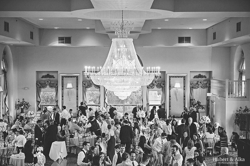 the bond ballroom of hartford wedding photos with