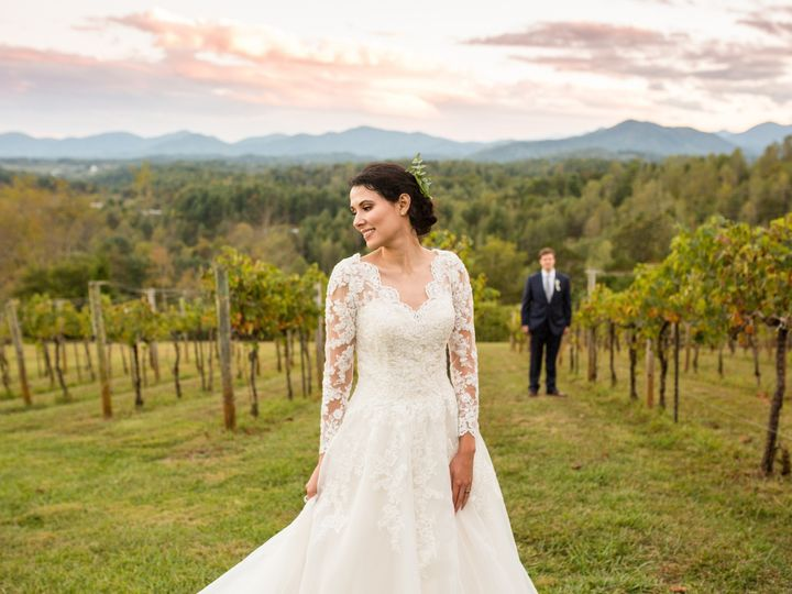 Tmx Loveincolor 101219carver 288 51 993999 157945369357382 Marshall, NC wedding venue
