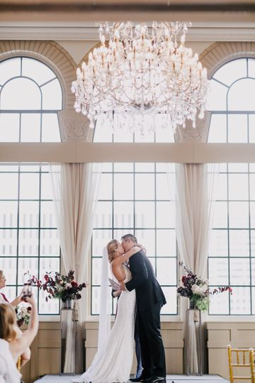 chicago wedding photographer clark 06 01 110 51 135999 1571940178