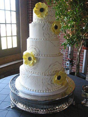 Tmx 1310095516197 Yellow023 Blythewood, SC wedding cake
