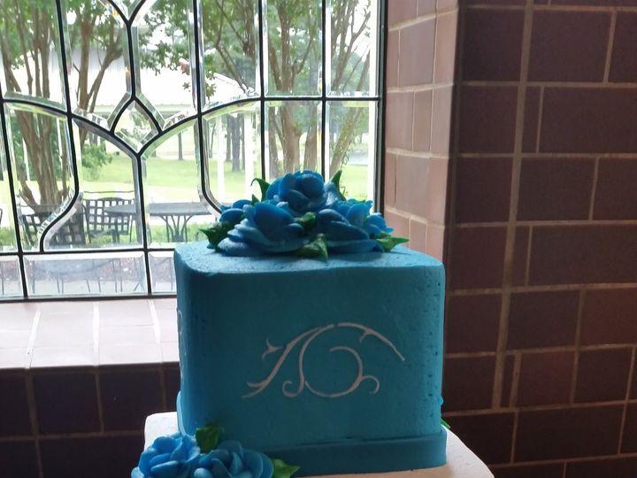 Tmx 1407812263130 Aqua Blue Roses And Swirls Blythewood, SC wedding cake