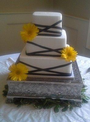 Tmx 1407815465223 Yellow Gerberas And Black Ribbons Blythewood, SC wedding cake