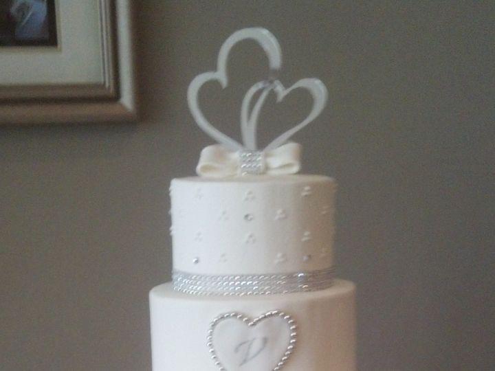 Tmx 2014 Display Wed101 Jeweled White Sweetheart Wedding Cake Vintagebakery Com 51 45999 159430835554871 Blythewood, SC wedding cake