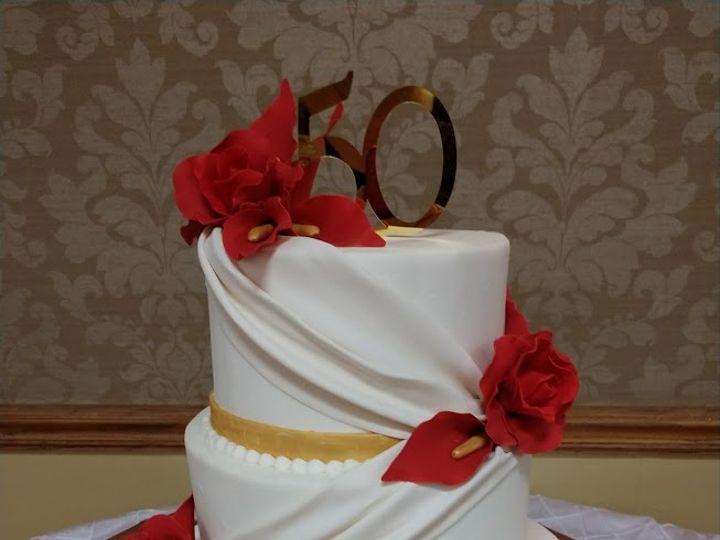 Tmx Red Rose Drapes 01 51 45999 159430754899220 Blythewood, SC wedding cake