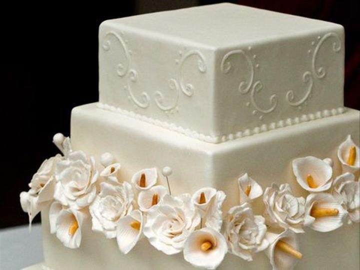 Tmx 1437131012348 2169841772554823240761000011887757123948717756650n South Dartmouth wedding cake
