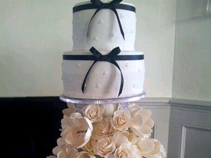 Tmx 1437131014890 246742418326398216982338876931n South Dartmouth wedding cake