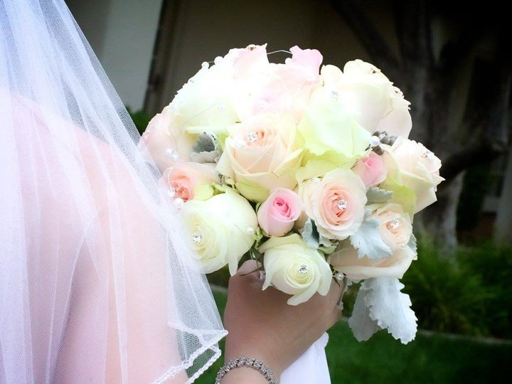 Tmx 1467953378449 13576808101005624329671904607364037229452865o Woodland Hills, CA wedding florist