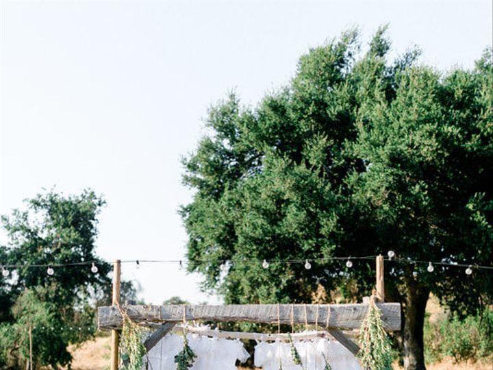 Tmx 1517468704 D9c87b1bfb8f1a54 1517468703 337164e59dcc97a2 1517468702259 10 Jn 0780 Orig Woodland Hills, CA wedding florist