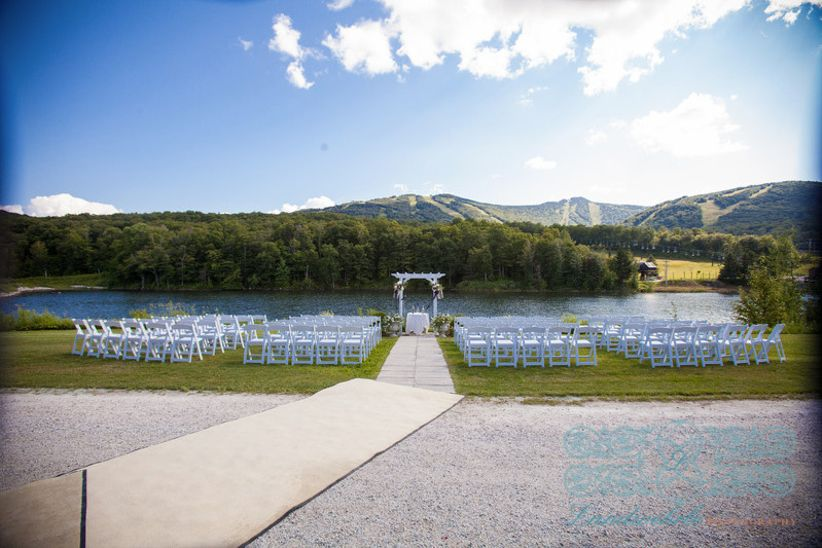 Vermont Wedding Venues.9 Vermont Winter Wedding Venues For A Cozy Cold Weather