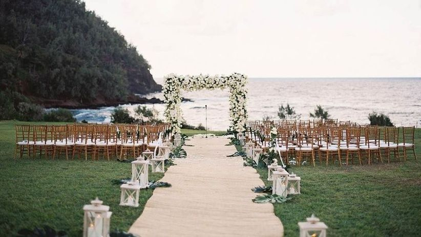 romantic scenic wedding ceremony location at the edge of a cliff above the ocean