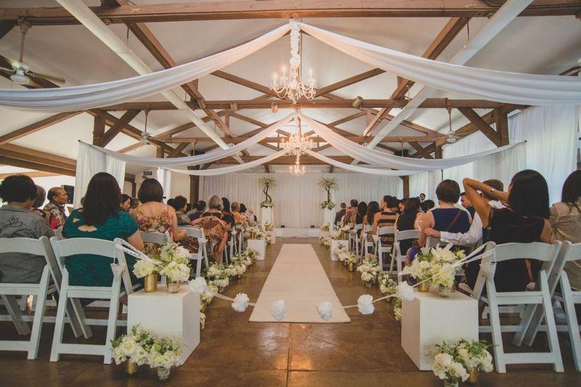 Beach Wedding Ceremony Oahu: Oahu Wedding Chapels