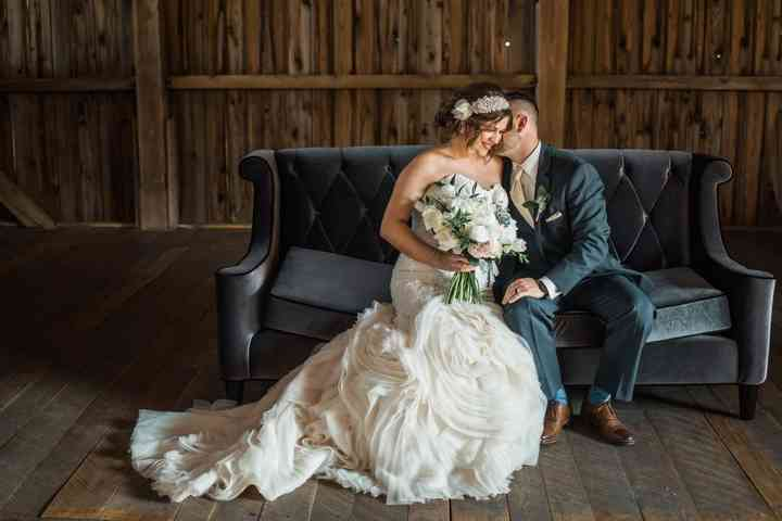 10 Pittsburgh Bridal Shops To Help You Find Your Wedding Dress Weddingwire,Modest Wedding Dresses Sale
