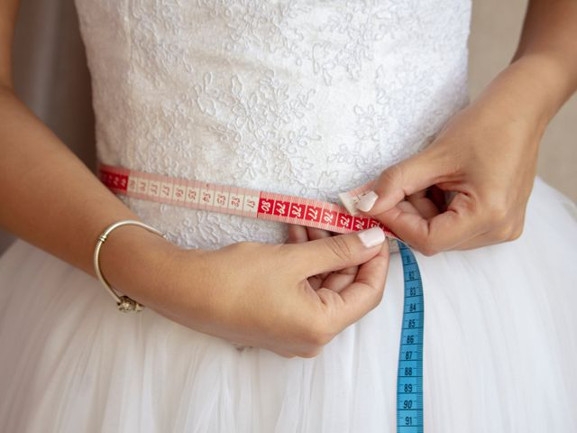 6 Rules for Making Sure Your Wedding Diet Isn't Overkill