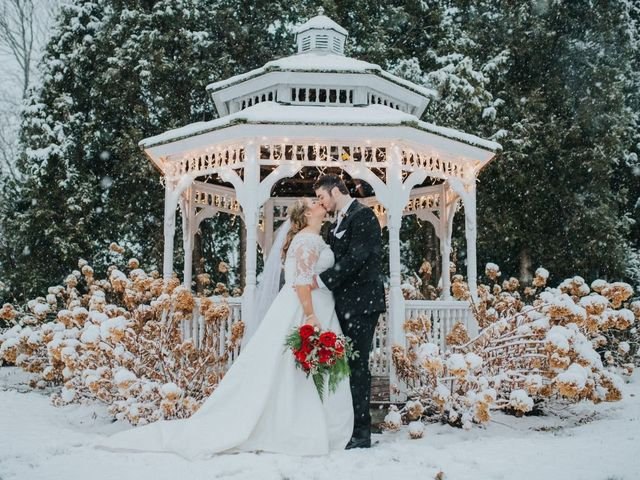 7 Winter Wedding Venues in Maine for the Perfect Cold-Weather Event