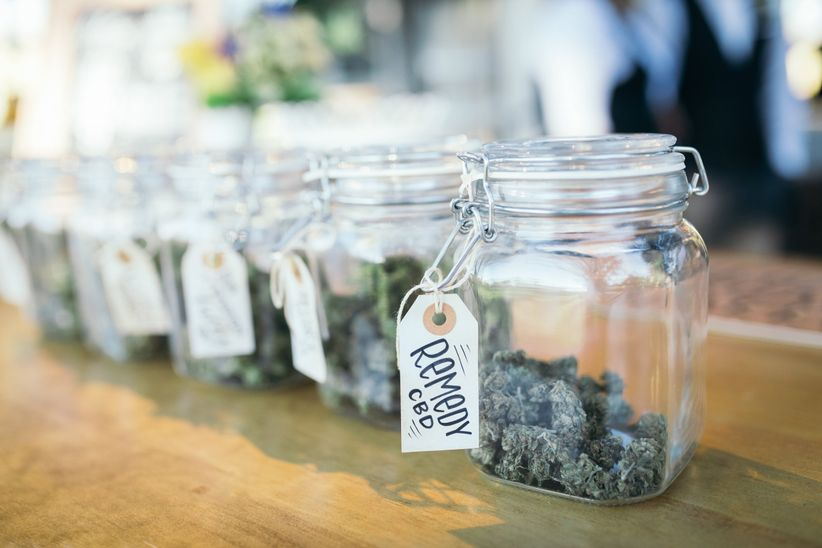 weed favors
