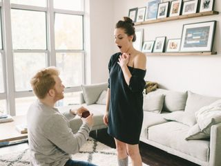 How to Make a Marriage Proposal at Home Even More Special