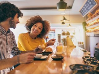 6 Creative and Unique First Date Ideas, Beyond the Drink