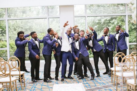 How to Ask Your Friends to Be Groomsmen in Your Wedding