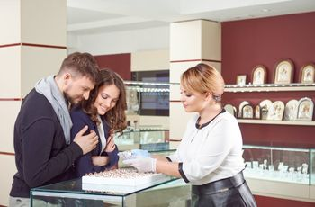 5 Reasons to Get to Know Your Local Jeweler Once You Get Engaged