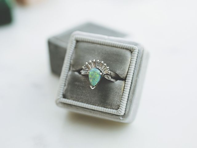 11 Unique Engagement Rings That Stand Out from the Crowd