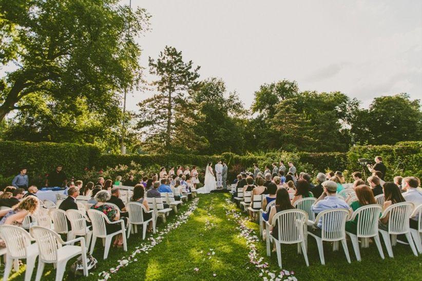 outdoor wedding venue national aviary
