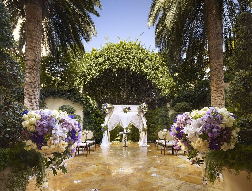 Las Vegas Wedding Venues To Wow Your Guests Weddingwire