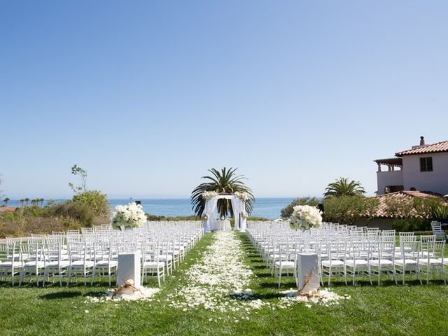 8 Santa Barbara Wedding Venues With an Ocean View