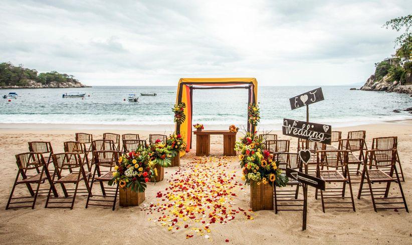 5 Mexico Destination Wedding Resorts We Love