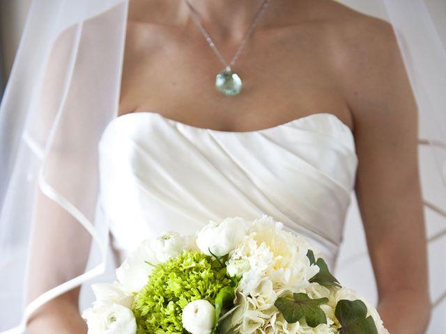 12 Irish Wedding Ideas That Celebrate Gaelic Pride