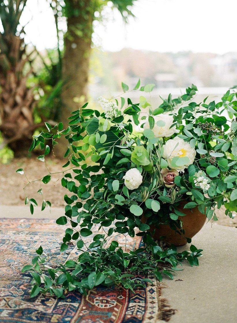 floral altar arrangements