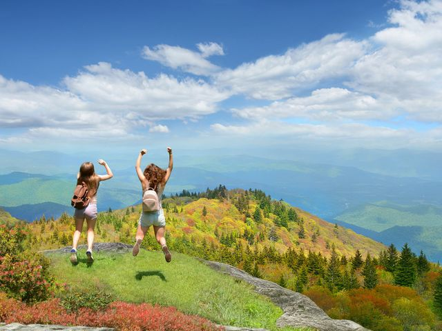The Best Mountain Bachelorette Party Destinations in the U.S. and Canada