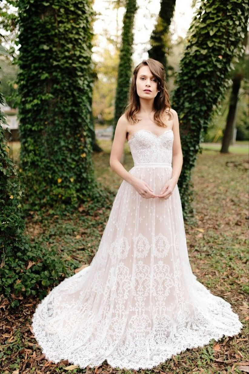 6 bridal shops in santa barbara for every kind of bride for Mon amie wedding dresses
