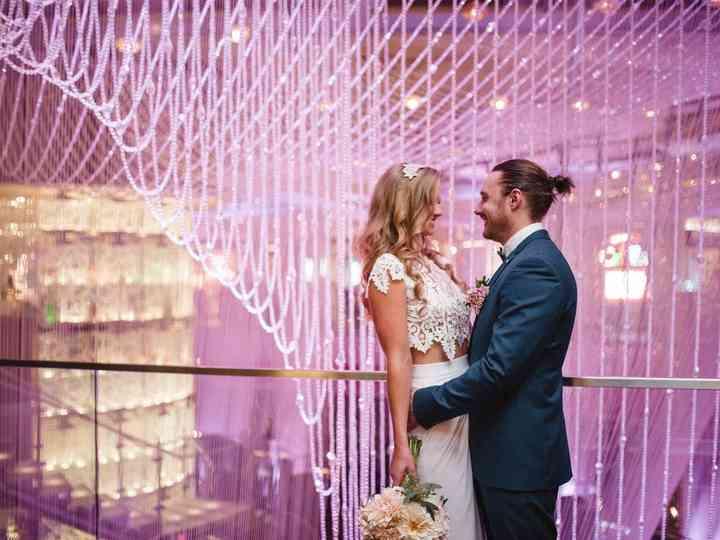 8 Epic Las Vegas Wedding Backdrops