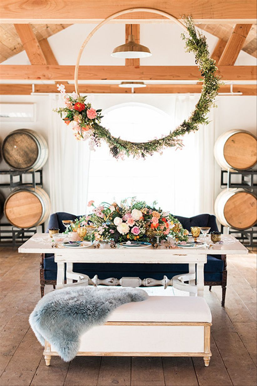23 Sweetheart Table Ideas For Newlyweds Who Only Have Eyes
