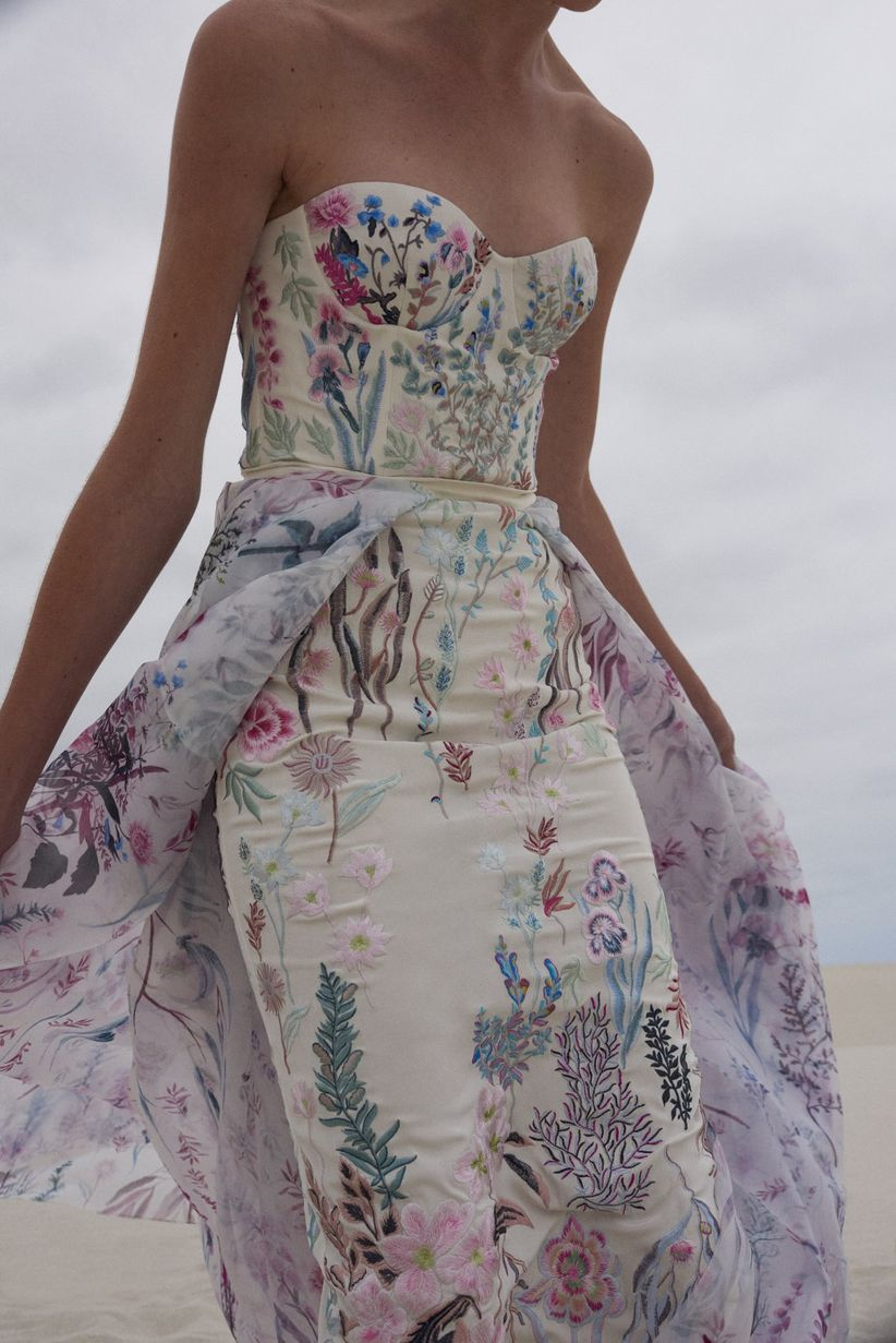 13 Floral Wedding Dresses For Brides Who Just Really Love Wildflowers Weddingwire