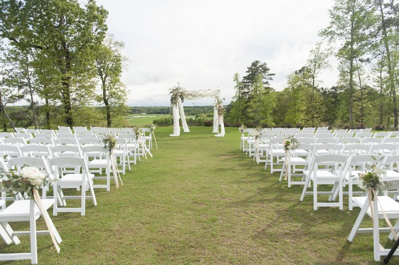 foxhall resort outdoor wedding ceremony