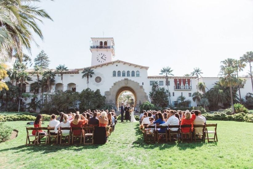 outdoor wedding ceremony on the lawn at Santa Barbara County Courthouse