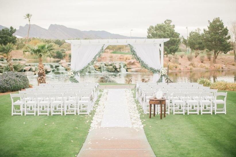 outdoor wedding ceremony with views of Red Rock Mountains in Las Vegas