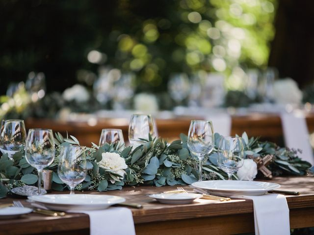 Your Ideal Wedding Theme, Based on Your Love Language