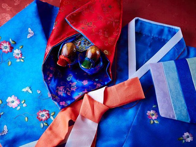 Korean Wedding Customs Guests Should Definitely Know