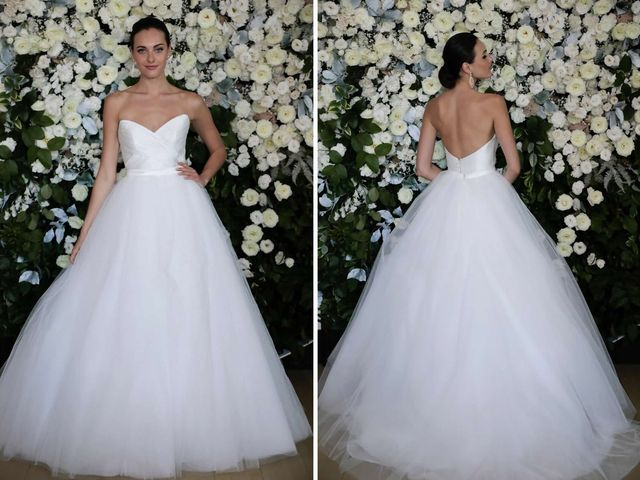 10 Ballroom Wedding Dresses for a Glamorous Walk Down the Aisle