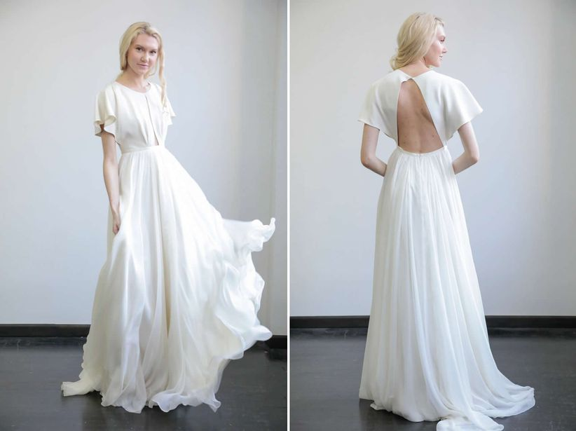 10 Beach Wedding Dresses For An Oceanfront Affair