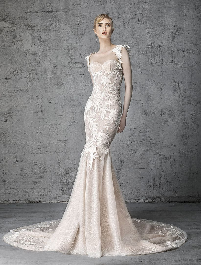 The 7 Wedding Dress Silhouettes Defined - WeddingWire