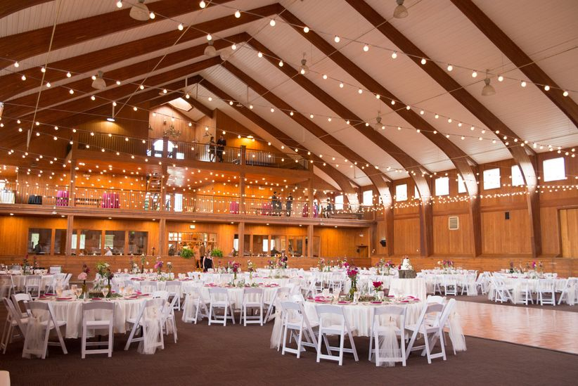 20 Farm And Barn Wedding Venues For An Event That S