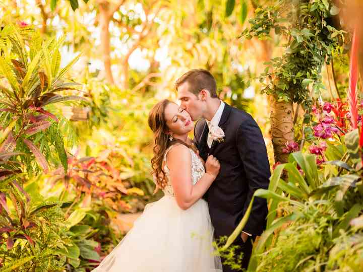20 Garden Wedding Venues That Are Straight Out of a Fairytale
